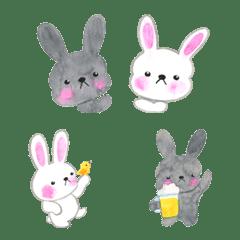 the black rabbit and white rabbit-emoji