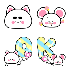 simple Emoji cat and mouse