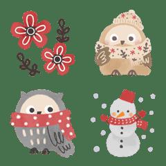 Moving Scandinavian  Owl Emoji